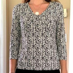 COVINGTON Black & White 3/4 sleeve top
